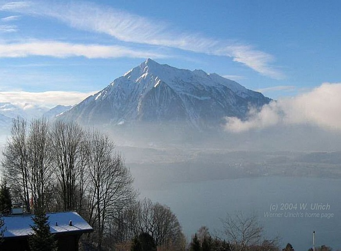 January 2005 - Mount Niesen, Lake Thunersee --> Click to see a panoramic view!